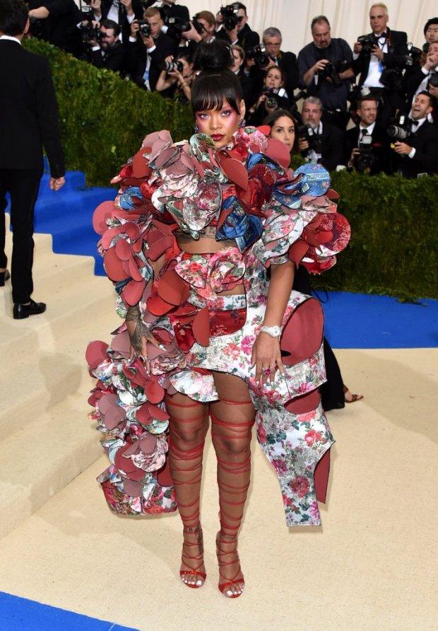 Rihanna-Met-Gala-Dress-2017